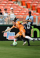 Washington Freedom forward  Lisa De Vanna (17) battles Sky Blue FC defender Keeley Dowling (17) for control.  Washington Freedom defeated Skyblue FC 2-1 at RFK Stadium, Saturday May 23, 2009.