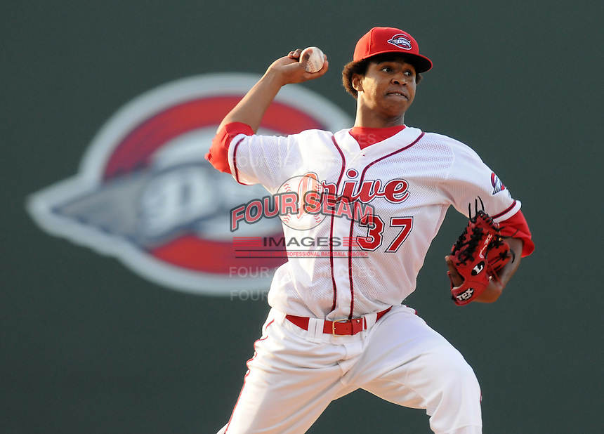 May 30, 2009: RHP Stolmy Pimentel (37) of the Greenville Drive, No. 11 prospect of the Boston Red Sox, in a game against the Charleston RiverDogs at Fluor Field at the West End in Greenville, S.C. Photo by: Tom Priddy/Four Seam Images