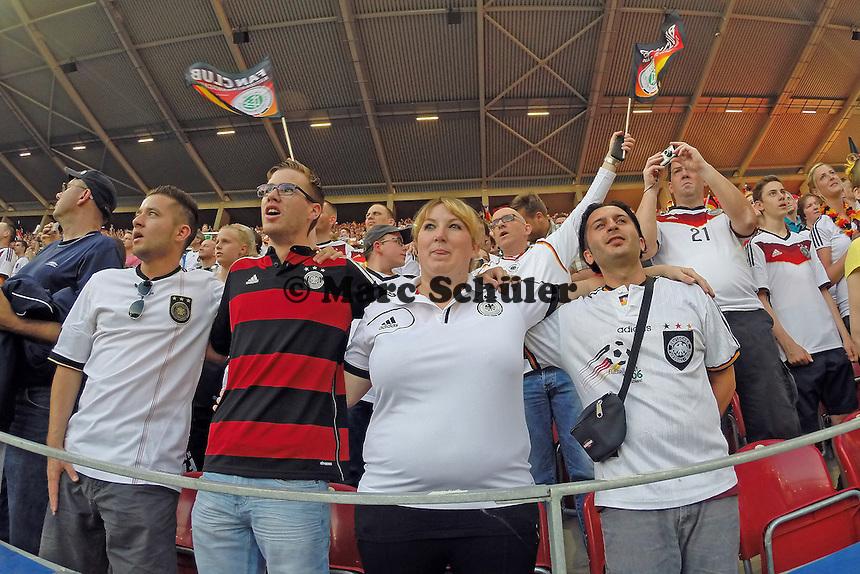 Ausverkauftes Haus beim Länderspiel in der Mainzer Coface Arena - Deutschland vs. Armenien in Mainz