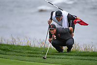 Viktor Hovland (NOR)(a) lines up his putt on 8 during round 1 of the 2019 US Open, Pebble Beach Golf Links, Monterrey, California, USA. 6/13/2019.<br /> Picture: Golffile | Ken Murray<br /> <br /> All photo usage must carry mandatory copyright credit (© Golffile | Ken Murray)