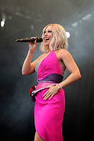 LONDON, ENGLAND - JULY 10: Faye Tozer of 'Steps' performing at Kew the Music, Kew Gardens on July 10, 2018 in London, England.<br /> CAP/MAR<br /> &copy;MAR/Capital Pictures
