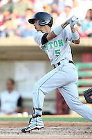 May 29, 2010: Gabriel Noriega (5) of the Clinton LumberKings at Elfstrom Stadium in Geneva, IL. The LumberKings are the Midwest League Class A affiliate of the Seattle Mariners. Photo by: Chris Proctor/Four Seam Images