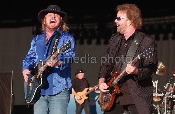 20 July 2007 - Morristown, Ohio -  Singer DONNIE VAN ZANT and singer/guitarist DON BARNES of the band 38 SPECIAL performs during the second day of the 31st Annual Jamboree In The Hills. Photo Credit: Jason L Nelson/AdMedia