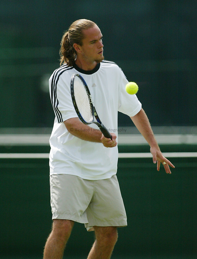 Photograph: Scott Heavey..Day 1 of the Stella Artois Championship at the Queens Club. 09/06/2003..Xavier Malisse