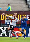 Kim Kulig, Viviana Schiavi, QF, Germany-Italy, Women's EURO 2009 in Finland, 09042009, Lahti Stadium.