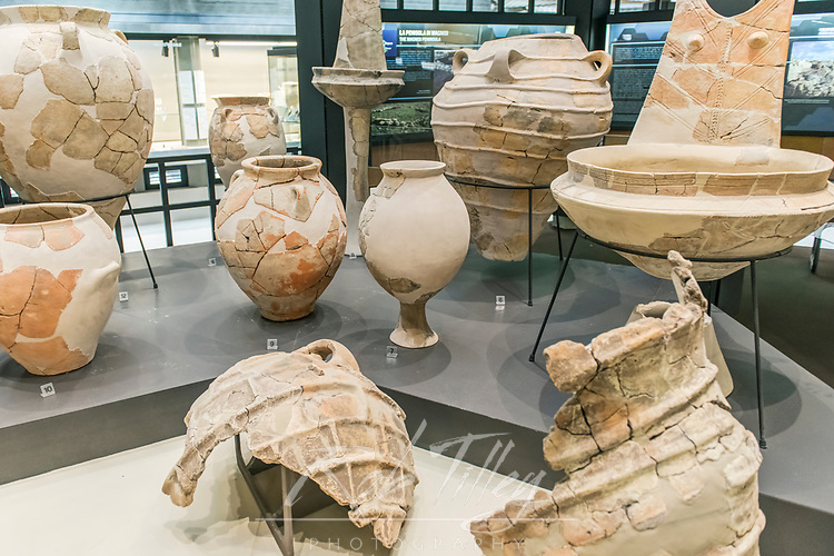 Europe, Italy, Sicily, Syracuse, Museo Archeologico Regionale Paolo Orsi, Greek Pottery from the 6th century BC