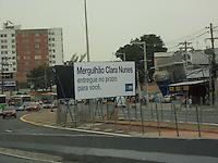 Rio de Janeiro (RJ) 01.06.2012. Mergulhão Clara Nunes / Movimentação de Veiculos. - Movimentação de veiculos no Mergulhão Clara Nunes de Campinho,hoje dia (01),Zona Norte do Rio de Janeiro.Foto: ARION MARINHO/BRAZIL PHOTO PRESS