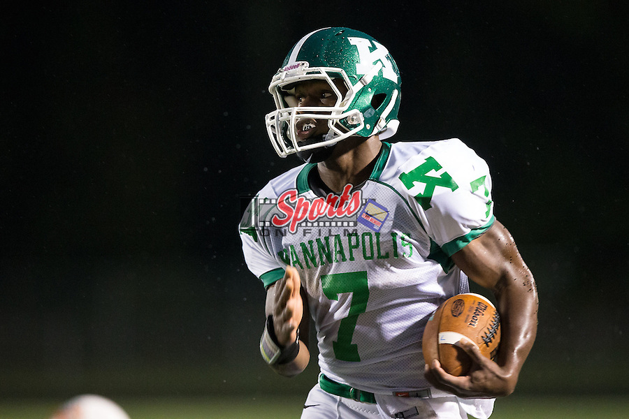 Jayln Cagle (7) of the A.L. Brown Wonders runs with the football during first half action against the Vance Cougars at Rocky River High School on October 5, 2015 in Charlotte, North Carolina.  The Wonders defeated the Cougars 31-14.  (Brian Westerholt/Sports On Film)