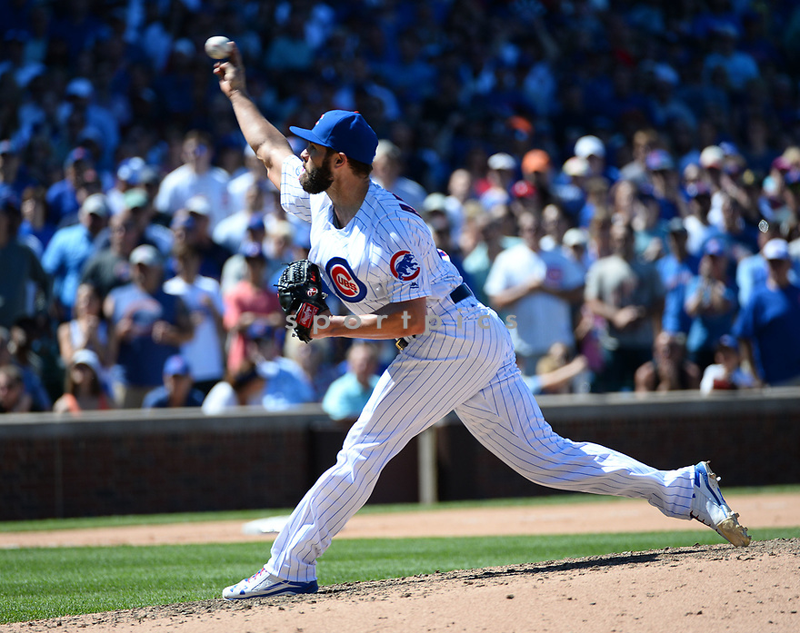 Chicago Cubs Jake Arrieta (49) during a game against the Pittsburgh Pirates on June 17, 2016 at Wrigley Field in Chicago, IL. The Cubs beat the Pirates 6-0.