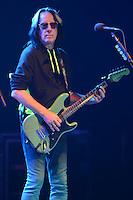 HOLLYWOOD FL - JUNE 30 : Todd Rundgren performs with Ringo Starr at Hard Rock Live held at the Seminole Hard Rock Hotel &amp; Casino on June 30, 2012 in Hollywood, Florida. &copy;&nbsp;mpi04/MediaPunch Inc /*NORTEPHOTO.COM*<br /> *SOLO*VENTA*EN*MEXiCO* *CREDITO*OBLIGATORIO** *No*Venta*A*Terceros* *No*Sale*So*third* ***No Se*Permite*Hacer*Archivo** *No*Sale*So*third*&Acirc;&copy;Imagenes con derechos de autor,&Acirc;&copy;todos reservados. El uso de las imagenes est&Atilde;&iexcl; sujeta de pago a nortephoto.com El uso no autorizado de esta imagen en cualquier materia est&Atilde;&iexcl; sujeta a una pena de tasa de 2 veces a la normal. Para m&Atilde;&iexcl;s informaci&Atilde;&sup3;n: nortephoto@gmail.com* nortephoto.com.