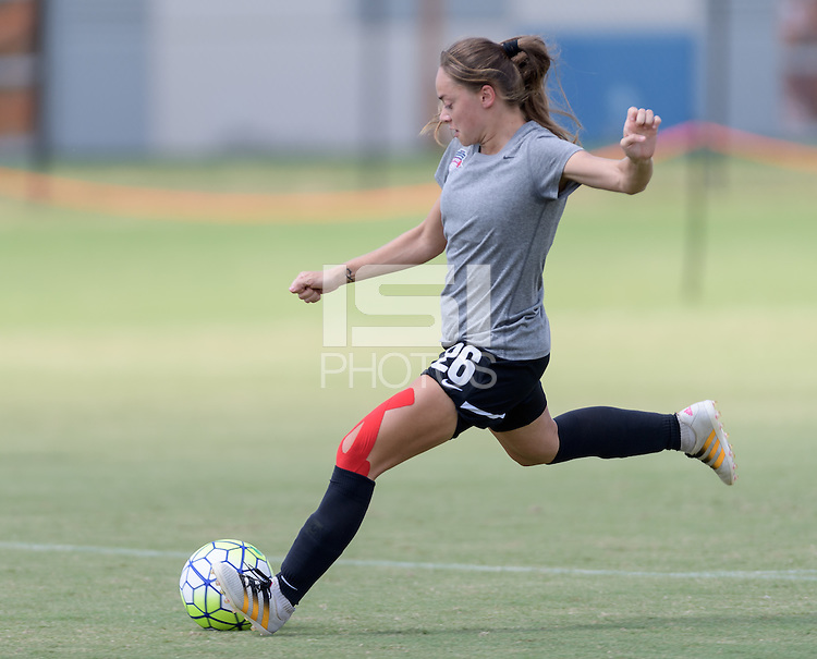 Houston, TX - Friday Oct. 07, 2016: Washington Spirit  during training prior to the National Women's Soccer League (NWSL) Championship match between the Washington Spirit and the Western New York Flash at BBVA Compass Stadium.