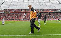 FUSSBALL   1. BUNDESLIGA   SAISON 2012/2013    31. SPIELTAG Bayer 04 Leverkusen - SV Werder Bremen                  27.04.2013 Kevin De Bruyne (SV Werder Bremen) nur Zuschauer in der BayArena