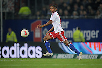 FUSSBALL   1. BUNDESLIGA    SAISON 2012/2013    8. Spieltag   Hamburger SV - VfB Stuttgart            21.10.2012 Michael Mancienne (Hamburger SV) Einzelaktion am Ball
