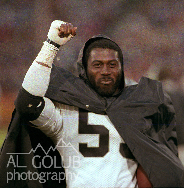 San Francisco 49ers vs. Los Angles Raiders at Candlestick Park Saturday, August 4, 1984..Pre-season Game. .Los Angles Raiders Linebacker Rod Martin (53).