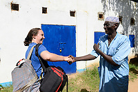 CHAD, Goz Beida, refugee camp Djabal for refugees from Darfur, Sudan, JRS office / TSCHAD, Goz Beida, Fluechtlingslager Djabal fuer Fluechtlinge aus Darfur, Sudan, JRS Mitarbeiterin Joana Gomes