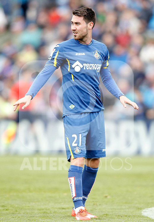 Getafe's Moi Gomez during La Liga match. April 16,2016. (ALTERPHOTOS/Acero)