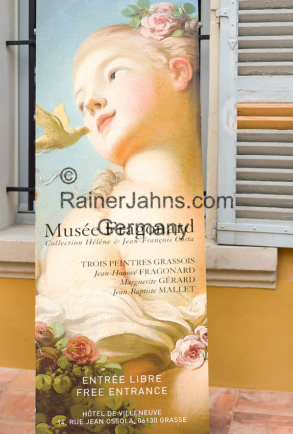 France, Provence-Alpes-Côte d'Azur, Grasse: at Perfume-Shop of Perfumery Fragonard | Frankreich, Provence-Alpes-Côte d'Azur, Grasse: Plaket am Eingang zum Parfuem-Museum der Parfumerie Fragonard