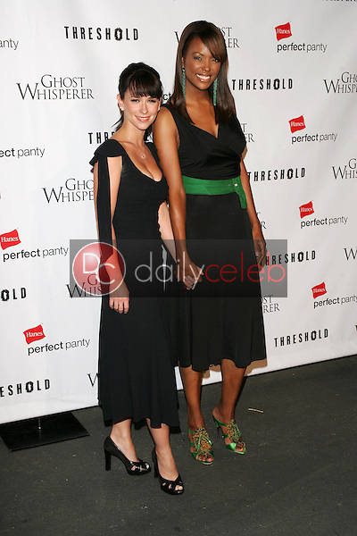 Jennifer Love Hewitt and Aisha Tyler <br />