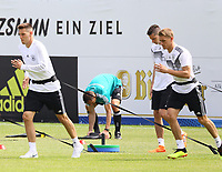 Niklas Süle (Deutschland Germany) und Nils Petersen (Deutschland Germany) haben die WM2018 als gemeinsames Ziel - 29.05.2018: Training der Deutschen Nationalmannschaft zur WM-Vorbereitung in der Sportzone Rungg in Eppan/Südtirol