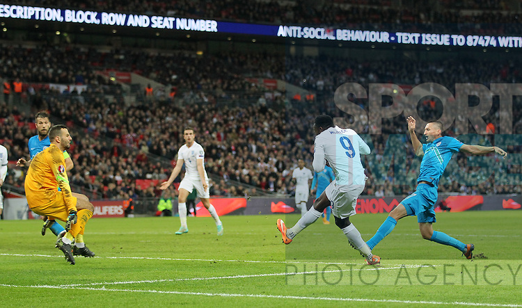 England's Danny Welbeck scoring his sides third goal<br /> <br /> - International European Qualifier - England vs Slovenia- Wembley Stadium - London - England - 15th November 2014  - Picture David Klein/Sportimage