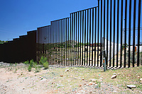 US  Arizona  Il muro tra Stati Uniti e Messico<br />