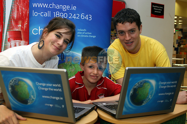 Odessa Stafford, Andrew McDonnell and Neil Blake at the Climate Change Campaign in Tesco, Dundalk...Photo NEWSFILE/Jenny Matthews.(Photo credit should read Jenny Matthews/NEWSFILE)....This Picture has been sent you under the condtions enclosed by:.Newsfile Ltd..The Studio,.Millmount Abbey,.Drogheda,.Co Meath..Ireland..Tel: +353(0)41-9871240.Fax: +353(0)41-9871260.GSM: +353(0)86-2500958.email: pictures@newsfile.ie.www.newsfile.ie.FTP: 193.120.102.198.