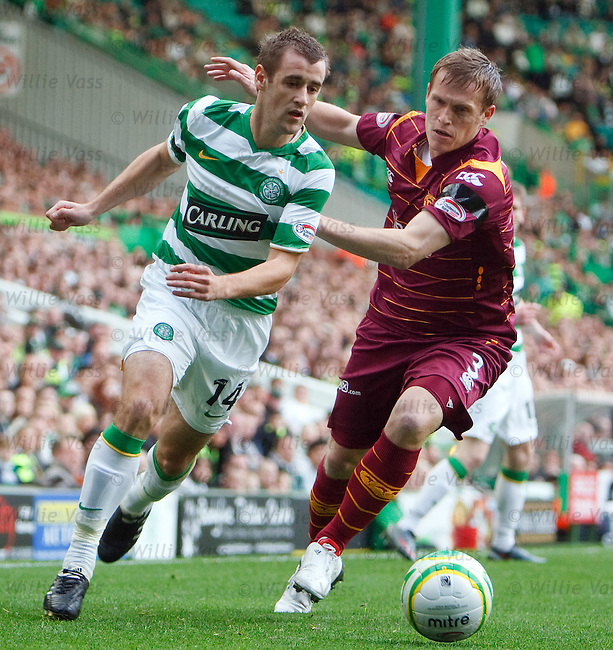 Niall McGinn goes past Steven Hammell