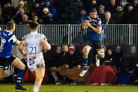 Elliott Stooke of Bath Rugby receives the ball in the air. Premiership Rugby Cup match, between Bath Rugby and Gloucester Rugby on February 3, 2019 at the Recreation Ground in Bath, England. Photo by: Patrick Khachfe / Onside Images
