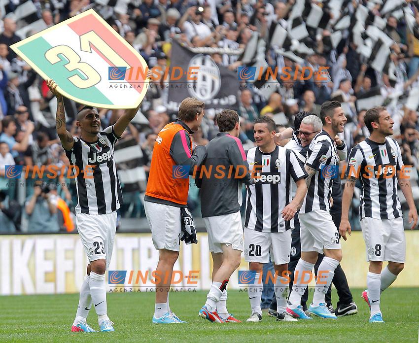 Arturo Vidal Juventus festeggia lo scudetto, Torino 5/5/2013 .Juventus Stadium.Football Calcio 2012/2013 Serie A.Juventus Vs Palermo.Foto Marco Bertorello Insidefoto