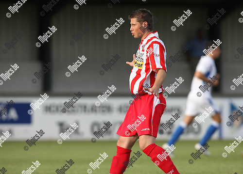 2009-08-01 / Voetbal / seizoen 2009-2010 / Hoogstraten VV / Rory Hegelmeers..Foto: Maarten Straetemans (SMB)