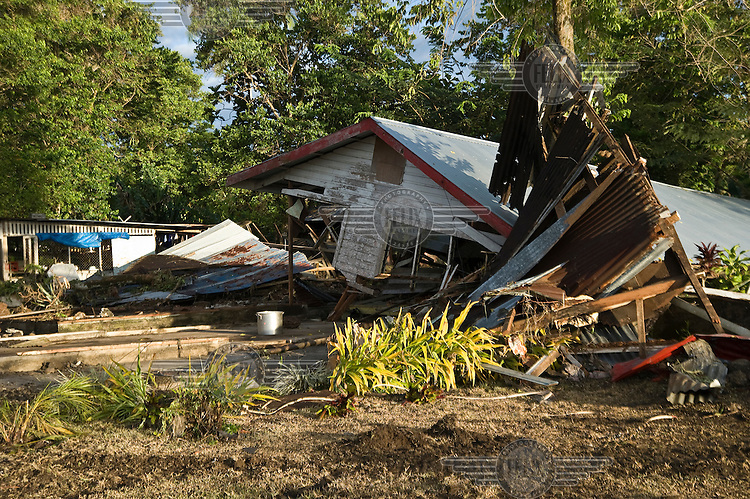 An abandoned Poutasi village 24 hours after the tsunami. More than 170 people died when a tsunami triggered by an 8.3 magnitude earthquake hit Samoa and neighbouring Pacific islands on 29/09/2009. Samoa (formerly known as Western Samoa)..