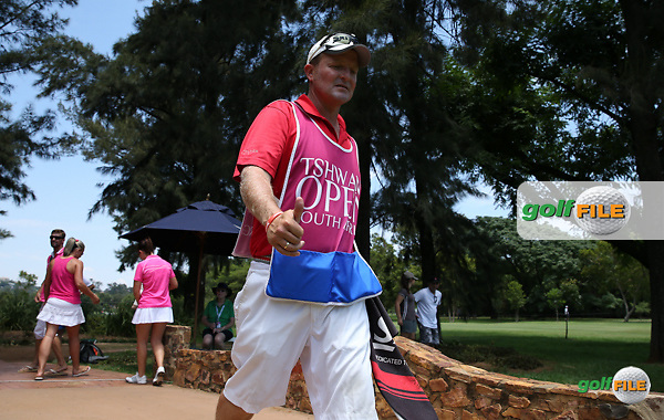 Caddie John Rawlings gives the thumbs up during the Final Round of the 2016 Tshwane Open, played at the Pretoria Country Club, Waterkloof, Pretoria, South Africa.  14/02/2016. Picture: Golffile | David Lloyd<br /> <br /> All photos usage must carry mandatory copyright credit (&copy; Golffile | David Lloyd)