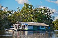 Base Boto Vermelho.. Reserva de Desenvolvimento Sustentavel Mamiraua, Amazonas. 2018. Foto de Luis Villaça.