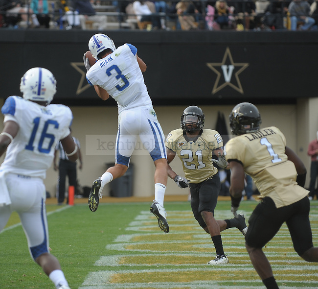 Kentucky Wildcats WR Matt Roark (3) catches a two point conversion during the University of Kentucky Football game against  Vanderbilt at Vanderbilt Stadium in Nashville, Tn., on 11/12/11. Uk lost the game 8-38. Photo by Mike Weaver | Staff