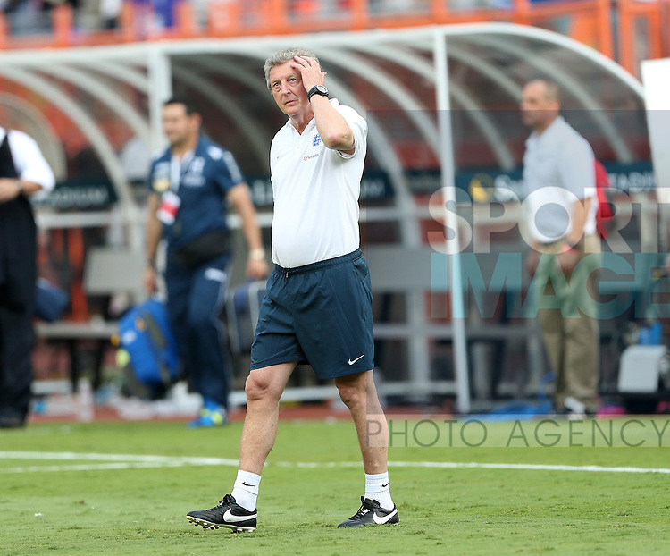England's Roy Hodgson looks on dejected<br /> <br /> England vs Honduras  - International Friendly - Sun Life Stadium - Miami - USA - 07/06/2014  - Pic David Klein/Sportimage
