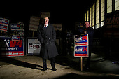 Manchester, New Hampshire.January 27, 2004.USA..General Wesley Clark campagins for votes out side of polling stations from early morning until the polls closed at 8PM.