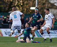 17th November 2019; The Sportsground, Galway, Connacht, Ireland; European Rugby Champions Cup, Connacht versus Montpellier; Jack Carty (Connacht) slides in to try to stop Caleb Timu (Montpellier) - Editorial Use