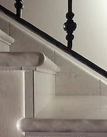 Lucido Bianco Antico Stairs Treads.<br />
