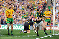 Paul Geaney scores Kerry's First goal after only 50 seconds in the All-Ireland Football Final against Donegal in Croke Park 2014.<br /> Photo: Don MacMonagle<br /> <br /> <br /> Photo: Don MacMonagle <br /> e: info@macmonagle.com