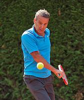 Netherlands, Amstelveen, August 22, 2015, Tennis,  National Veteran Championships, NVK, TV de Kegel,  Men's  60+, Jef Stevens<br /> Photo: Tennisimages/Henk Koster