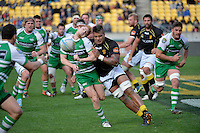 Nic Crosswell in action during the ITM Cup - Wellington Lions v Manawatu at Westpac Stadium, Wellington, New Zealand on Sunday 1 September 2013.<br /> Photo by Masanori Udagawa.<br /> www.photowellington.photoshelter.com