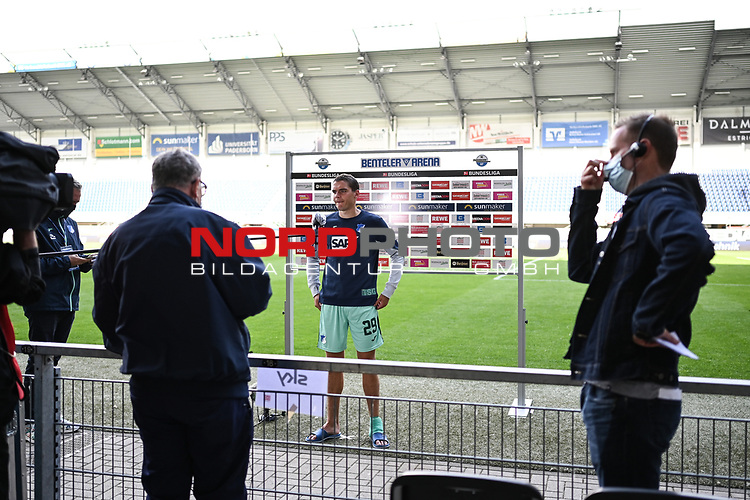 Robert Skov (TSG 1899 #29) nach dem Spiel im Interview.<br /><br />Foto: Edith Geuppert/GES /Pool / Rauch / nordphoto <br /><br />DFL regulations prohibit any use of photographs as image sequences and/or quasi-video.<br /><br />Editorial use only!<br /><br />National and international news-agencies out.