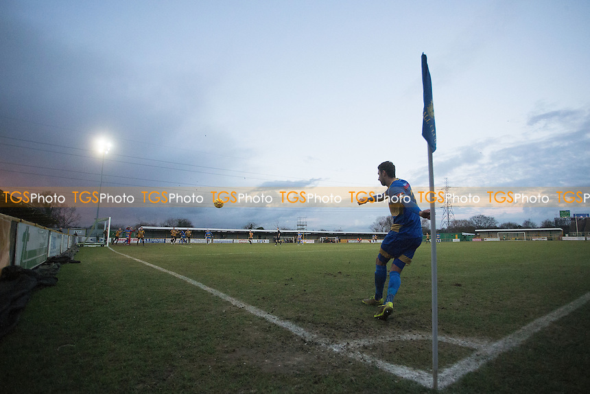 Jamie Dicks of Romford takes a corner during Romford vs Cheshunt, Ryman League Division 1 North Football at Ship Lane on 28th January 2017