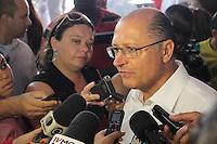 ITAQUAQUECETUBA, SP -  09.12.2013  -  ENTREGA DE OBRA E ANUNCIO DE LIBERAÇÃO DE RECURSO PARA O FUMEFI - Governador do estado de São Paulo Geraldo Alckmin, entrega obra, e anuncia a liberação de recursos para o Fundo Metropolitano de Financiamento e Investimento -  FUMEFI, na manhâ desta nesta segunda-feira (09) em Itaquaquecetuba .( FOTO: JORGE ANDRADE / BRAZIL PHOTO PRESS)