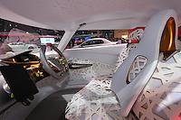 SAO PAULO, SP, 28.10.2014 - SALAO DO AUTOMOVEL - Veiculo conceito da Renault durante a 28º Salão Internacional do Automóvel de São Paulo, nesta terca-feira,28 no Anhembi, na zona norte de São Paulo, SP. O evento acontece do dia 30 de outubro até o dia 9 de novembro. (Foto: Vanessa Carvalho / Brazil Photo Press).