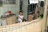 RIO DE JANEIRO, RJ, 04 DE MARCO DE 2013 - DESOCUPAÇÃO DO HORTO FLORESTAL JARDIM BOTANICO- O ministério público Federal decidiu nesta tarde construir 4 casas para moradores que vivem no horto florestal no Jardim botânico Zona Sul do Rio, mas a juiza Maria Melha não aceitou a decisão da justiça. FOTO: SANDRO VOX/BRAZIL PHOTO PRESS
