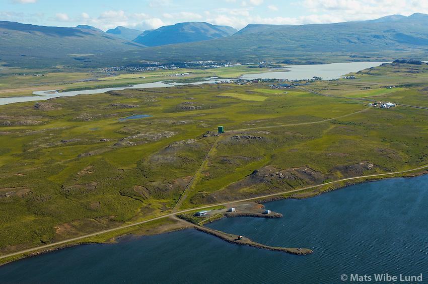 Hitaveita Egilstaða og Fella, Urriðavatn, séð til suðurs, Fljótsdalshérað/ Geothermal heating supply of Egilsstadir and Fellabaer at lake Urridavatn, viewing south. Fljotsdalsherad.