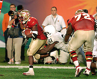 Florida State University's Leon Washington rushes for 10 yards in the first quarter of the 2006 Orange Bowl Game.