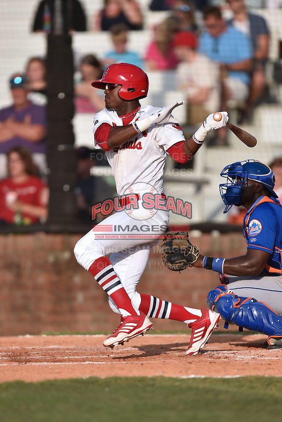 Johnson City Cardinals left fielder DeAndre Asbury-Heath (5) swings at a pitch during a game against the Kingsport Mets on June 25, 2015 in Johnson City, Tennessee. The Mets defeated the Cardinals 10-8 (Tony Farlow/Four Seam Images)