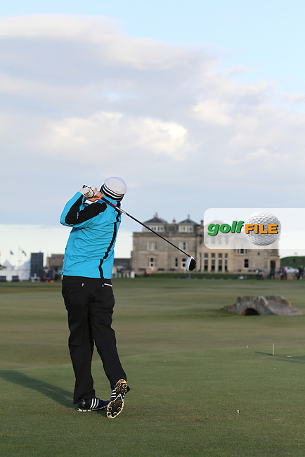 Peter Lawrie (IRL) in St Andrews on the 2nd Day at the Alfred Dunhill Links Championship, Old Course St. Andrews, Carnoustie and Kingsbarns, Scotland...(Photo Jenny Matthews/www.golffile.ie)
